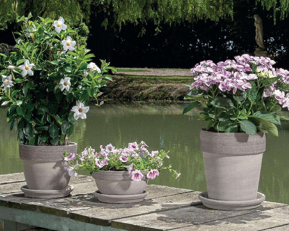 vaso alto graffiata terracotta vulcanica corino bruna vasi e coprivaso giardinaggio ambiente