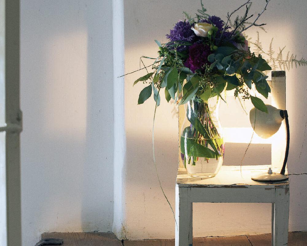 vaso in vetro bombato 1979 corino bruna vasi e coprivaso giardinaggio. ambiente