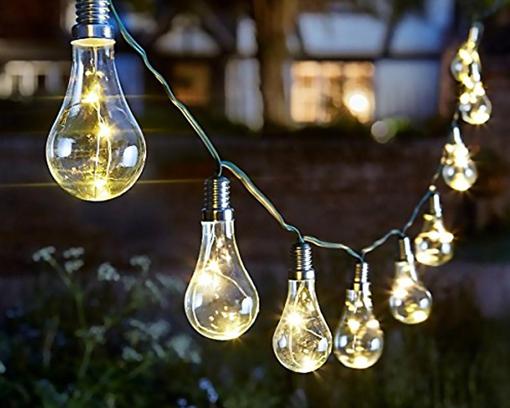 Lampadina solare intelligente Luci a stringa da esterno a 30 LED bianco caldo a energia solare 1